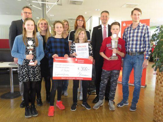 Gruppe2 RS, Platz1: Rennbuckel-Realschule