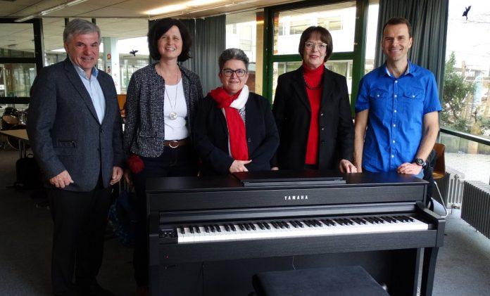 E-Piano für die Erich-Kästner-Realschule Stutensee